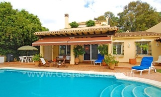 Beachside cozy villa for sale in east Marbella 1