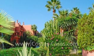 Bargain beachside penthouse apartment for sale in Marbella East 20