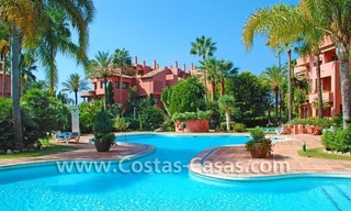 Bargain beachside penthouse apartment for sale in Marbella East 22