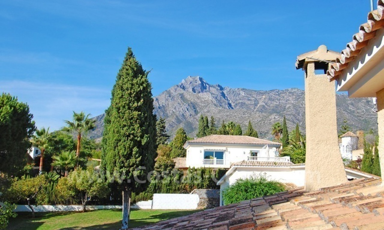 Villa for sale on the Golden Mile in Marbella 8