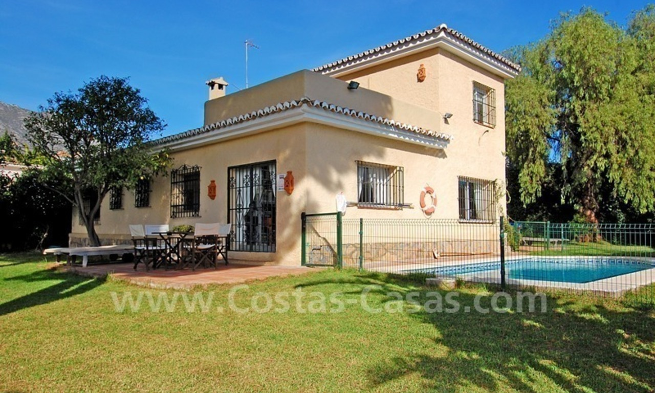 Villa for sale on the Golden Mile in Marbella 3