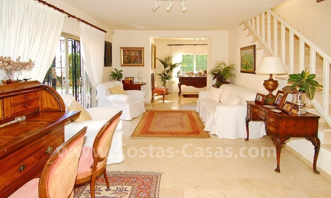 Villa for sale on the Golden Mile in Marbella 10