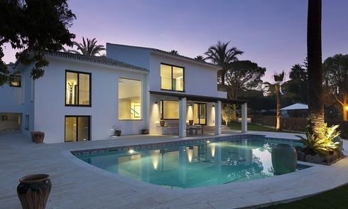Modern contemporary villa for sale in Nueva Andalucia – Marbella
