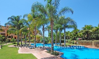 Bargain luxury golf apartment for sale in a golf resort between Marbella and Estepona centre 16