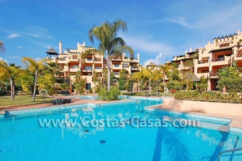 Luxury golf bargain apartment for sale in a golf resort between Marbella and Estepona centre