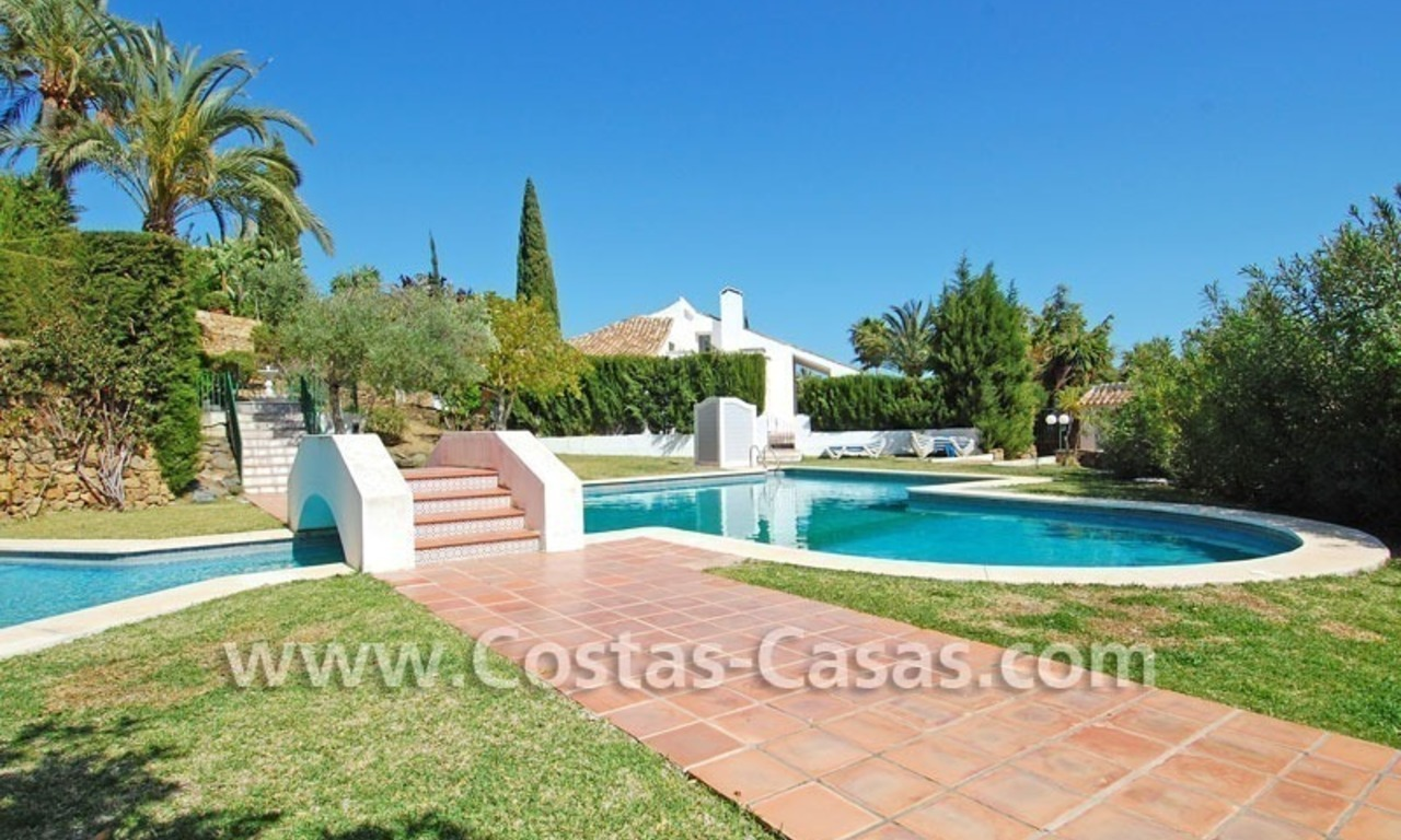 Bargain Andalusian style villa to buy in Nueva Andalucia - Marbella 5