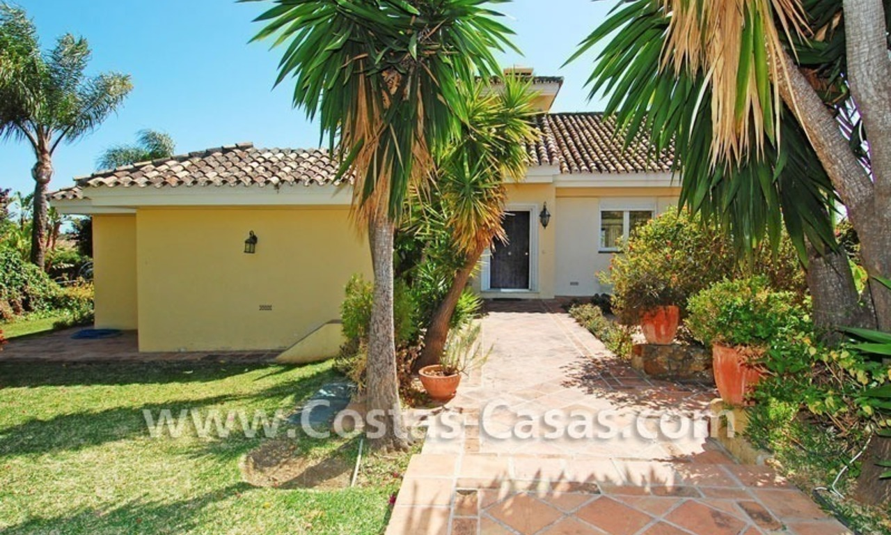 Bargain Andalusian style villa to buy in Nueva Andalucia - Marbella 4
