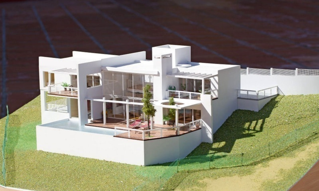 Modern contemporary villa under construction for sale in the Marbella area 3