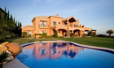 Luxury Mansion for Sale on Golf Resort in the area of Marbella - Benahavis 2