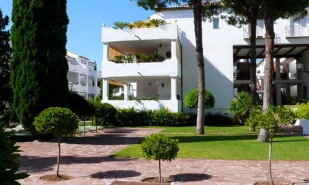 Beachside apartment to buy close to the beach, Marbella - Estepona 4