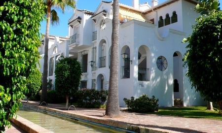 Beachside apartment to buy close to the beach, Marbella - Estepona 5