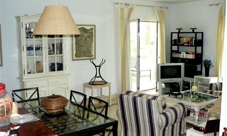 Beachside apartment to buy close to the beach, Marbella - Estepona 10