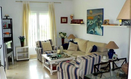 Beachside apartment to buy close to the beach, Marbella - Estepona 9
