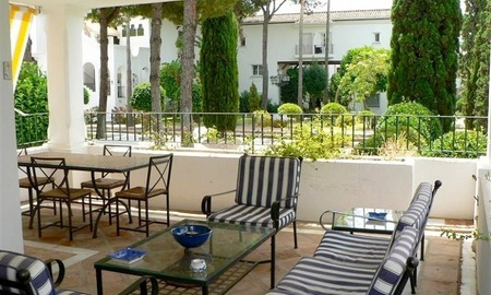 Beachside apartment to buy close to the beach, Marbella - Estepona 7