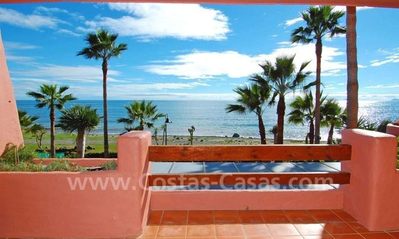 Luxury beachfront apartment for sale, frontline beach complex, New Golden Mile, Marbella - Estepona 0