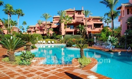 Luxury beachfront apartment for sale, frontline beach complex, New Golden Mile, Marbella - Estepona 15