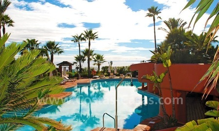 Luxury beachfront apartment for sale, frontline beach complex, New Golden Mile, Marbella - Estepona 17