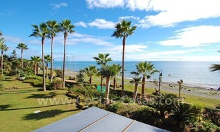 Luxury beachfront apartment for sale, frontline beach complex, New Golden Mile, Marbella - Estepona 2