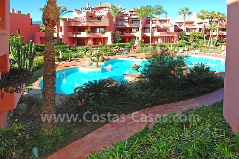 Luxury beachfront apartment for sale, frontline beach complex, New Golden Mile, Marbella - Estepona 8