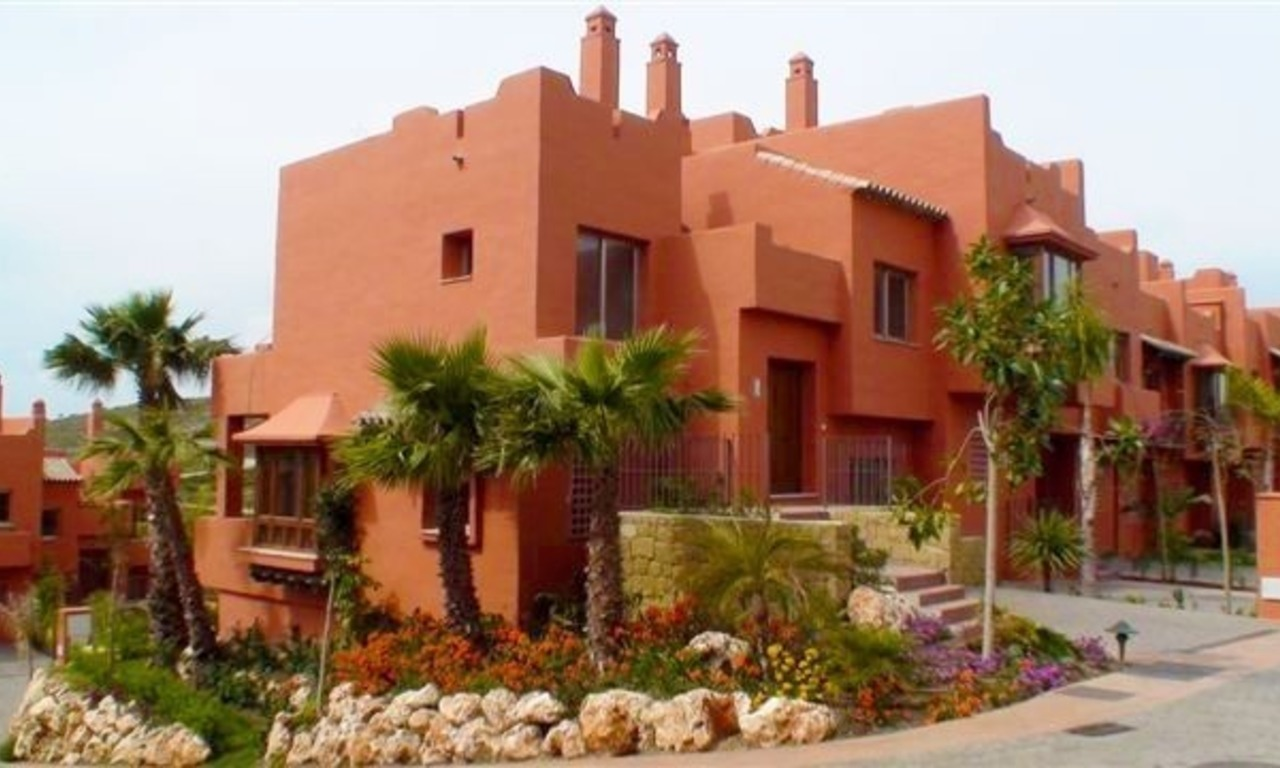 Bargain luxury townhouses for sale on the Costa del Sol 1