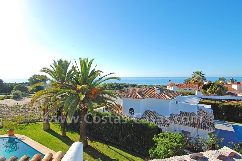 Beachside villa for sale in Eastern Marbella