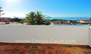 Beachside villa for sale in Eastern Marbella 2