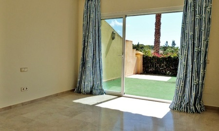 Townhouse for sale in a golf area of Marbella 9