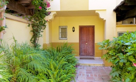 Townhouse for sale in a golf area of Marbella 3