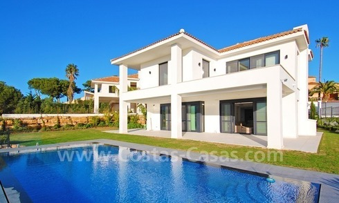 Modern quality luxury villa for sale in Marbella, adjacent to the golf course with panoramic sea views