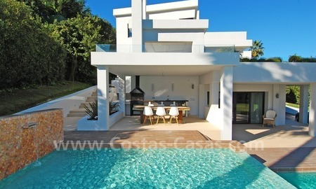 Modern contemporary styled luxury villa for sale in Nueva Andalucia - Marbella 3