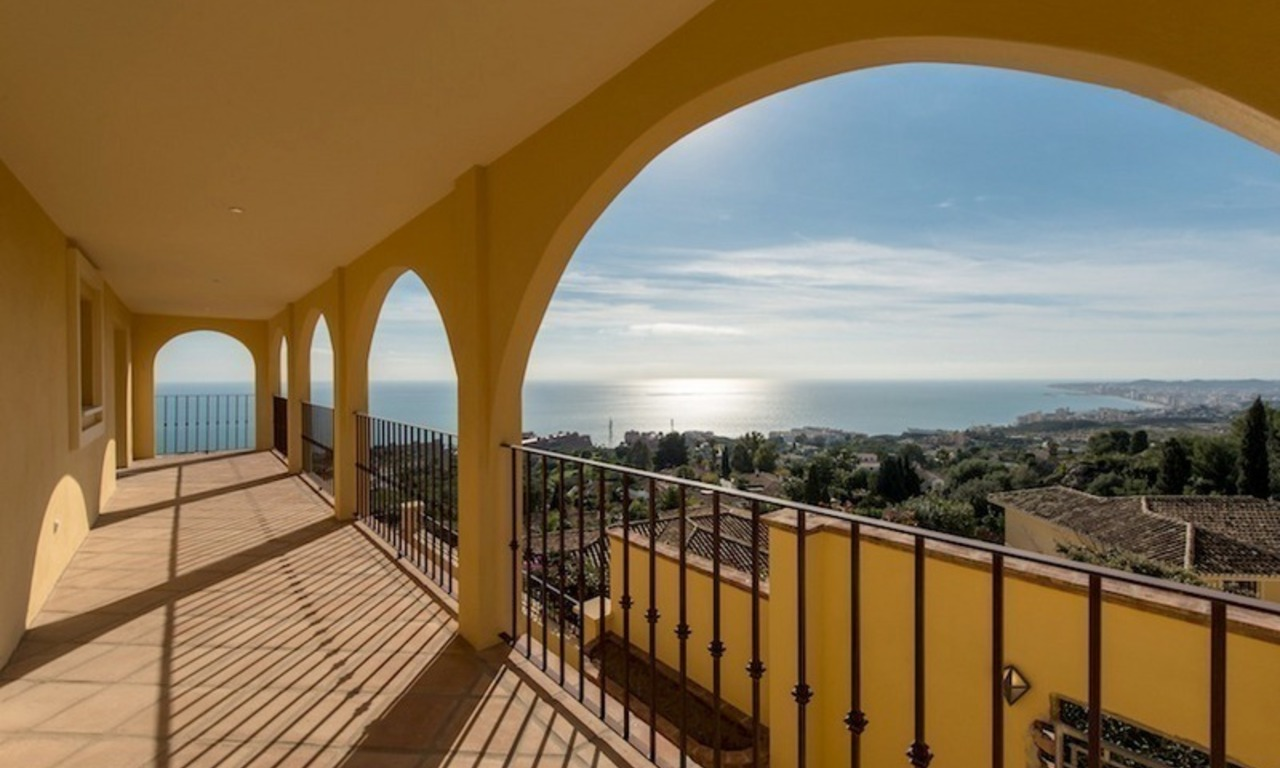Luxury villa for sale in Benalmadena, Costa del Sol 3