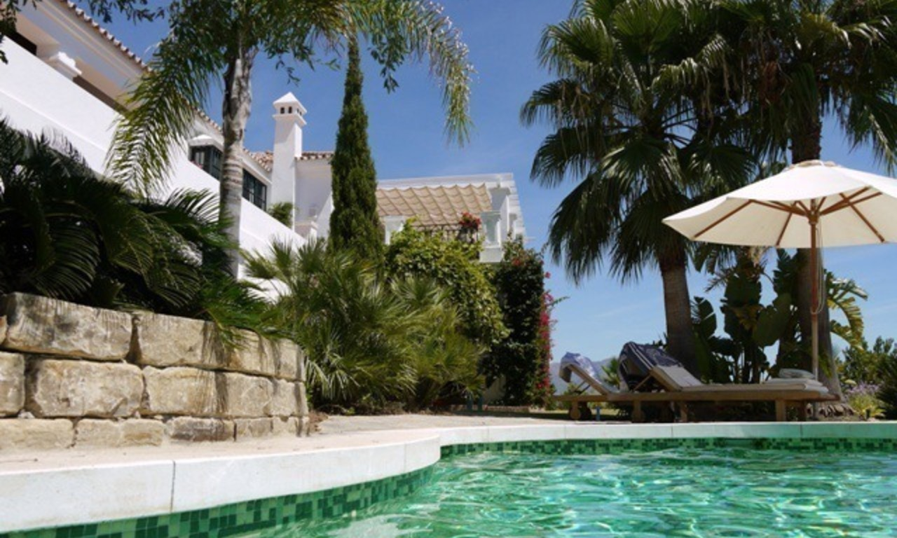 Exclusive villa for sale in a golf resort, Marbella - Benahavis 3