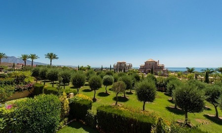 2 Bargain luxury golf apartments for sale, golf resort, Benahavis - Marbella  3