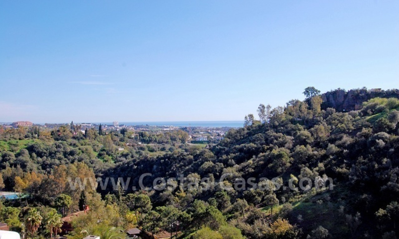 Bargain apartment for sale in Benahavis – Marbella 1