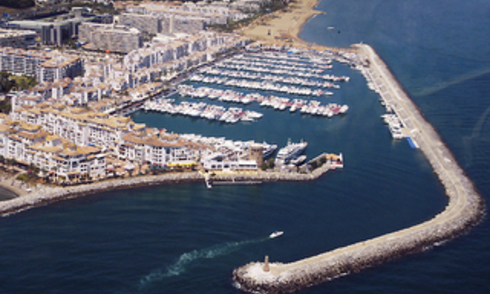 Marbella for Sale: Shop Commercial premises to let in Puerto Banus