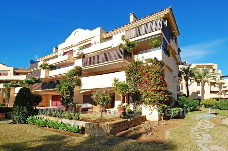 Beachfront luxury apartment for sale at the New Golden Mile between Puerto Banus - Marbella and the centre of Estepona