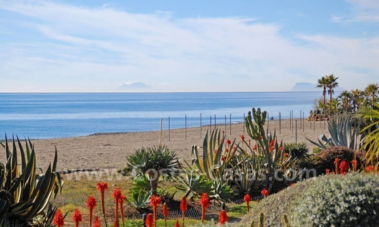 Beachfront luxury apartment for sale at the New Golden Mile between Puerto Banus - Marbella and the centre of Estepona 25