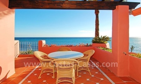 Luxury frontline beach corner penthouse for sale, first line beach complex, New Golden Mile, Marbella - Estepona 8