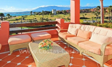 Luxury frontline beach corner penthouse for sale, first line beach complex, New Golden Mile, Marbella - Estepona 14