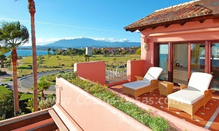 Luxury frontline beach corner penthouse for sale, first line beach complex, New Golden Mile, Marbella - Estepona 5