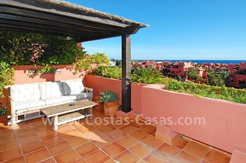 Beachside penthouse apartment for sale in a second line beach complex on the New Golden Mile, Marbella - Estepona