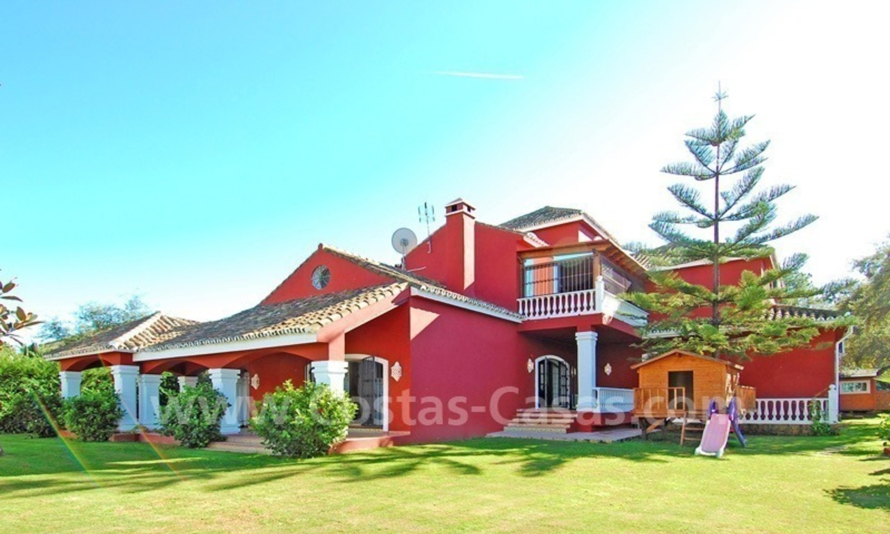 Villa for sale in Marbella with possibility to built a small hotel or B&B 1