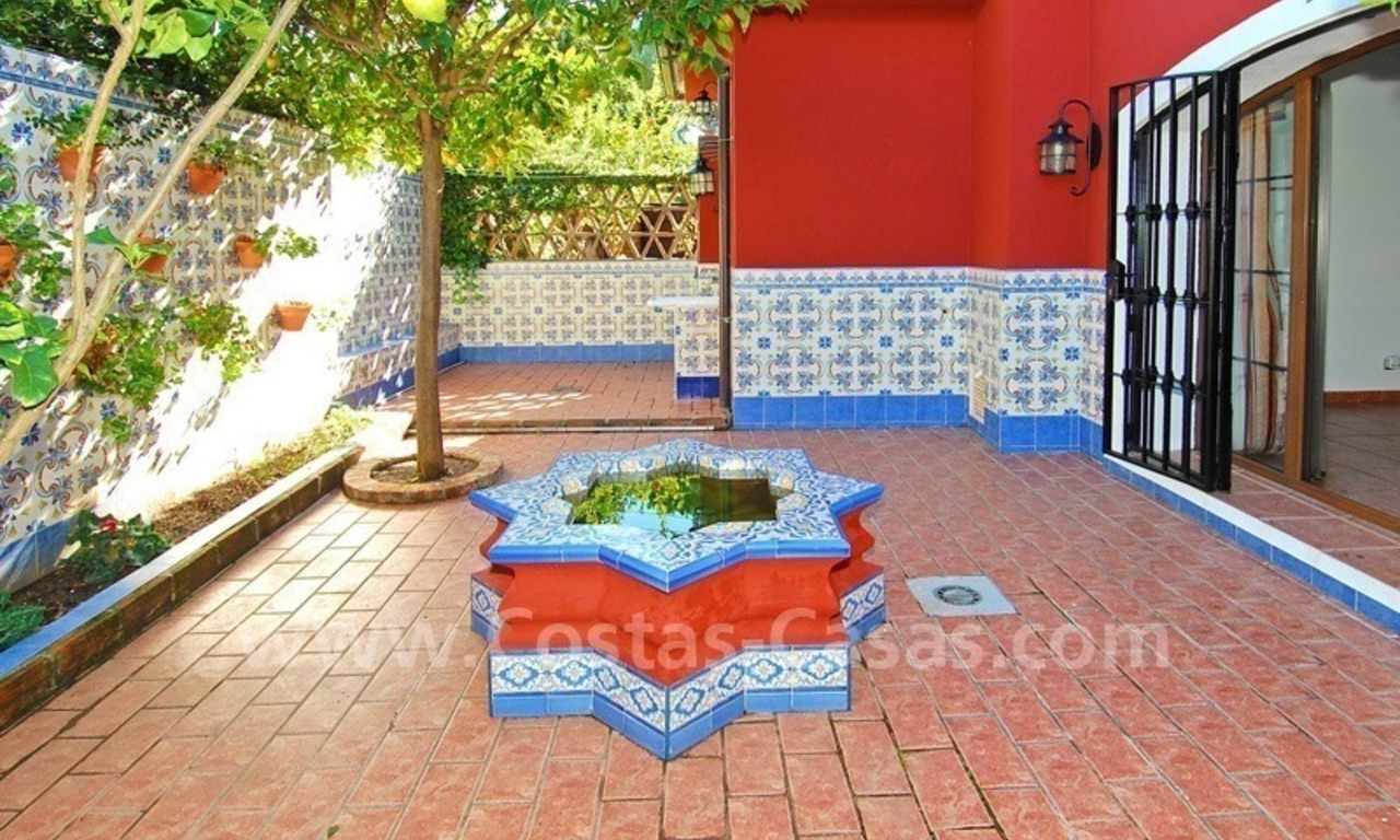 Villa for sale in Marbella with possibility to built a small hotel or B&B 8