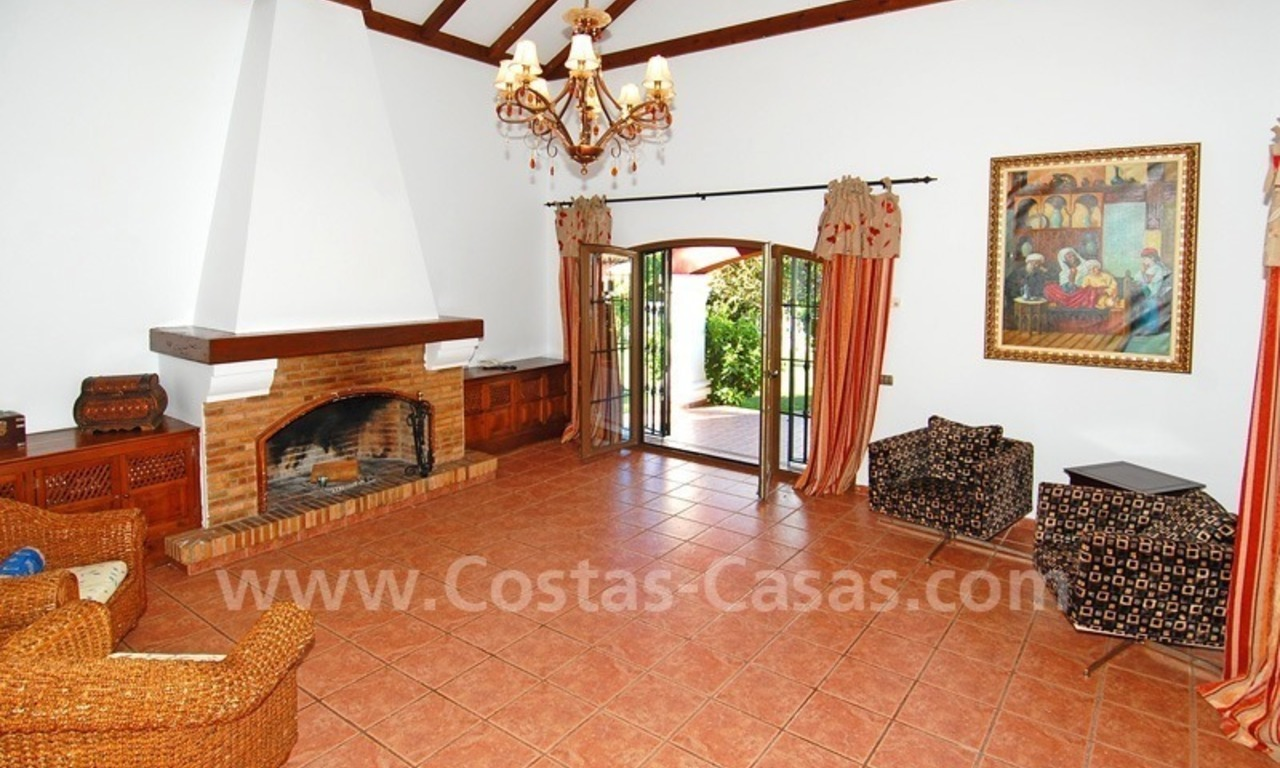 Villa for sale in Marbella with possibility to built a small hotel or B&B 12