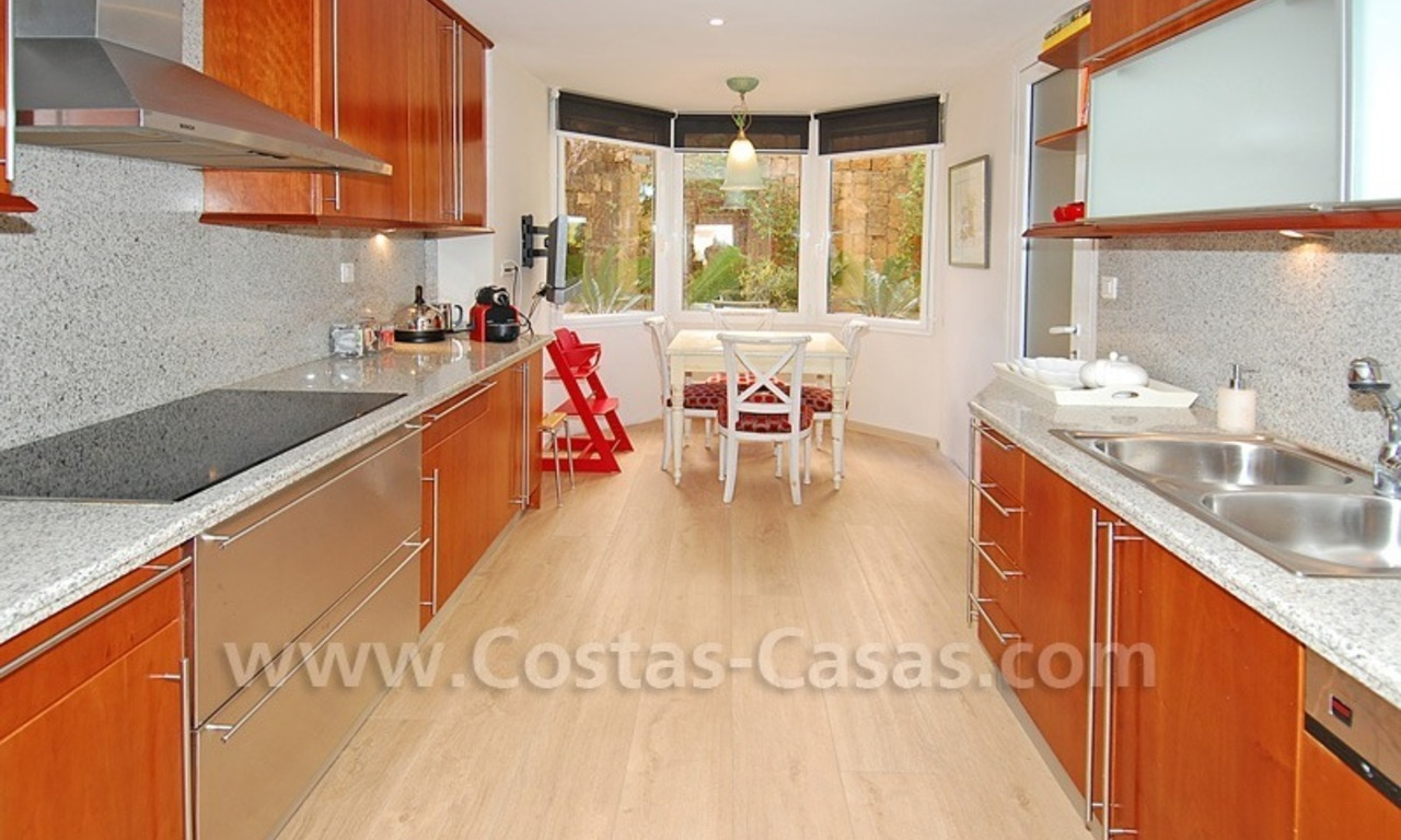 Large luxury elevated ground-floor apartment for sale in Nueva Andalucía – Marbella 15