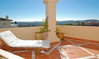 Large luxury elevated ground-floor apartment for sale in Nueva Andalucía – Marbella 6