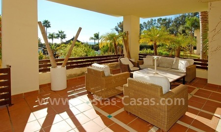 Luxury apartment for sale, frontline beach complex, New Golden Mile, Marbella – Estepona