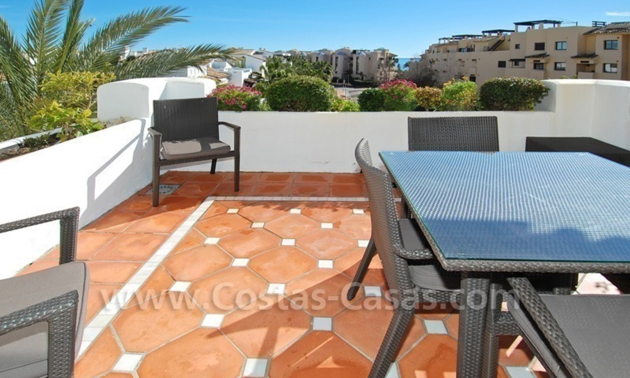 Luxury beachside apartment for sale in a frontline beach complex, New Golden Mile, Marbella - Estepona 0