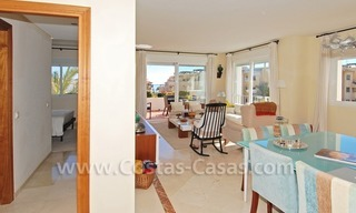 Luxury beachside apartment for sale in a frontline beach complex, New Golden Mile, Marbella - Estepona 3