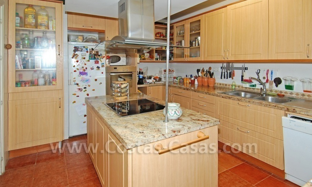 Beachside townhouse close to the beach for sale in Marbella 8